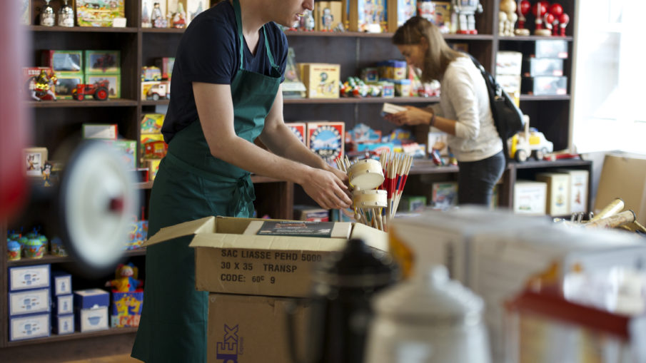 Four Essential Tips For Maintaining a Vending Machine